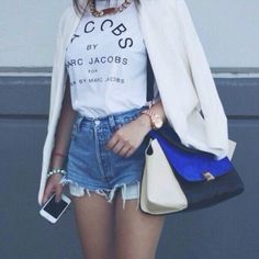 BAG: http://www.glamzelle.com/products/trapeze-tote-bag-blue
