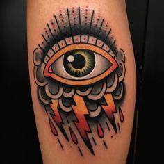 Eye clouds traditional tattoo eye, tattoo project, old tattoos, life ta Tattoos Mandala, Tattoo Henna, Knee Tattoo, Tattoo Art, Traditional Tattoo Eye, Traditional Tattoo Old School, Old Tattoos, Body Art Tattoos, Sleeve Tattoos