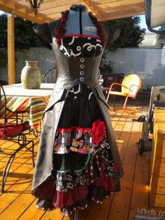 Spanish Day of the Dead Pirate Wench Costume by AndTheThreadGoesOn, $200.00