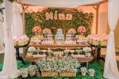 Living everything about this dessert table setup. Awesome use of table, bench side tables. That backdrop too!! Just Georgia gorgeous!!