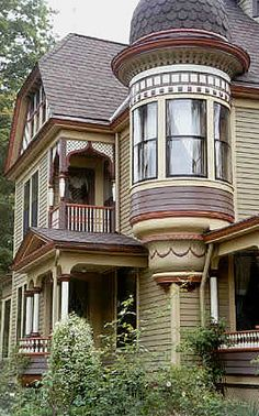 Ideas Exterior House Colors Victorian Architecture For 2019 House Paint Exterior, Exterior Paint Colors, Exterior House Colors, Paint Colors For Home, Exterior Design, Paint Colours, Victorian Architecture, Architecture Details, Style At Home