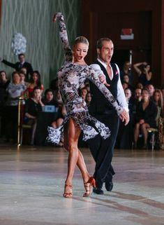 Riccardo Cocchi and Yulia Zagoruychenko- I love they Latin Ballroom Dresses, Ballroom Dancing, Latin Dresses, Latina, Ballerina Dancing, Tango Dance, Salsa Dancing, Dance Fashion, Dance Pictures