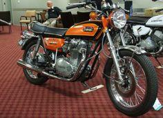 1972 Yamaha 650 XS2 Orange Yamaha 650, Yamaha Motorcycles, Custom Motorcycles, Cars And Motorcycles, Japanese Motorcycle, Motorcycle Art, Motorcycle Manufacturers, Mechanical Art, Custom Bobber