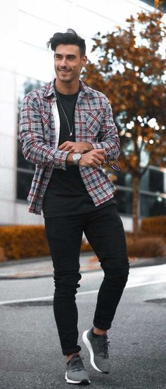 Cool Looks For Men To Ace The Street Style in 2020 Fashion Images, Fashion Trends, Men's Fashion, Fashion 2020, Man Photography, Latest Mens Fashion, Pinterest Fashion, Sharp Dressed Man, Gentleman Style