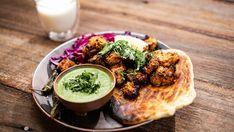 Kadhai Paneer, Palak Paneer, Tandori Chicken, Masterchef Recipes, Masterchef Australia, Lassi, Fresh Coriander, Indian Dishes, Naan