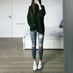 Casual look with my new favorite knit top - love it ! Edgy Outfits, Teen Fashion Outfits, Outfits For Teens, Winter Outfits, Girl Fashion, Cute Outfits, Mein Style, School Looks, Teenager Outfits