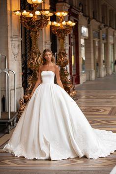 KORTNEY by Milla Nova. Designed by Milla Nova. Source by karlaholz - Princess Wedding Dresses, Lace Mermaid Wedding Dress, Modest Wedding Dresses, Ballgown Wedding Dress, Designer Wedding Dresses, Dress Lace, Beautiful Wedding Dress, Wedding Dress Trumpet, One Shoulder Wedding Dress
