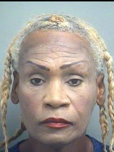 World's most hilarious mug shots - NY Daily News Bad Plastic Surgeries, Plastic Surgery, Funny Mugshots, Bad Eyebrows, Crazy Women, Long Curly Hair, Bad Hair Day, Mug Shots, Gangsters