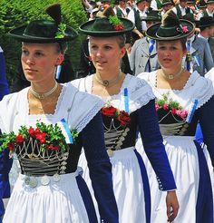 Bayrische Mädchen im traditionellen Dirndl. By photo was taken on July 2008 in Schorn, Bavaria, DE, using a Nikon