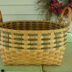 Square-to-Round Laundry Basket