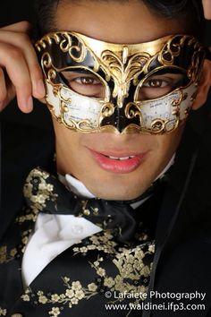 Masquerade model Luis Martinez by Lafaiete Photography. Venetian mask male photography.