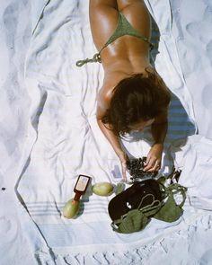 Summer Dream, Summer Girls, The Last Summer, Summer Time, Photography Beach, Niklas, How To Pose, Summer Aesthetic, Power Girl