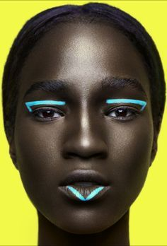 Melanin x Color: This Stunning Photo Series Sets Bright Makeup Against Dark Skin www.rachelrmarque … Minimalistisches Make-up Makeup Inspo, Beauty Makeup, Eye Makeup, Hair Makeup, Makeup Ideas, Makeup Brushes, Movie Makeup, Makeup Eraser, Hair Beauty