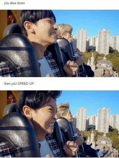 Sehun's face in the back got me laughing so hard  #Chanyeol #Sehun #ChanHun #EXO #EXO-K