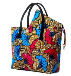 If Big, Bold and Beautiful is your thing, then the Abeni bag should be in . African Accessories, African Jewelry, Summer Accessories, My Bags, Purses And Bags, Ankara Bags, Ankara Dress, Sacs Tote Bags, African Print Clothing