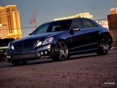 Mercedes Benz E550, Mercedes E Class, Benz E Class, Mercedes E Series, Car Manufacturers, Fast Cars, Motor Car, Dream Cars, Blue