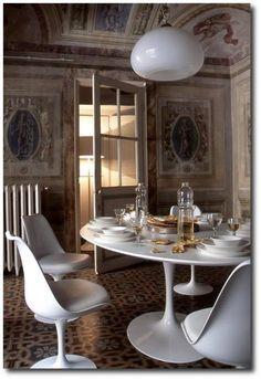 Palazzo Orlandi in Prato -near Florence  Italian Painted Furniture, Hand Painted Furniture, Plaster Stencils, Italian Style, Plaster Walls,Renaissance, Italian Decorating