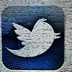 Varsity Tutors shares 5 great Twitter accounts for college applicants to follow in USA Today.