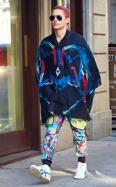 Jared Leto never disappoints when it comes to statement garb! He totally turned heads showing off a neon outfit, pink tresses and aviator sunnies.