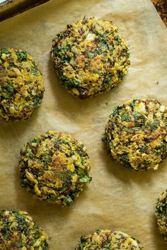 Crispy Quinoa Cakes -  1 1/2 C cooked quinoa 2 T ground flax 1 C kale 1/2 C ground oats 1/2 C sweet potato 1/4 C sun-dried tomatoes 1/4 C sunflower seeds 1/4 C basil 2 T onion 1 clove garlic 1 T tahini paste 1 1/2 t dried oregano 1 1/2 t red wine vinegar 1/2 t salt 3 T gf flour red pepper flakes