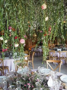 Table Decorations, Photo And Video, Instagram, Home Decor, Wedding Decoration, Atelier, Decoration Home, Room Decor, Home Interior Design