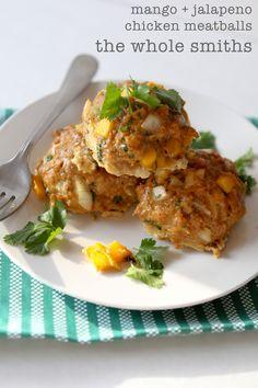 Paleo Mango and Jalapeño Chicken Meatballs - gluten free! #healthyrecipe #paleorecipe