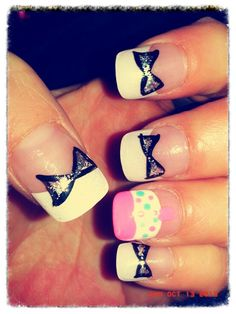 Nail design, cute Bow nail design , cute cupcake design