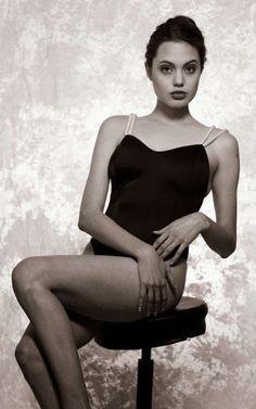 19 increíbles imágenes de Angelina Jolie cuando tenía 15 años - Infobae