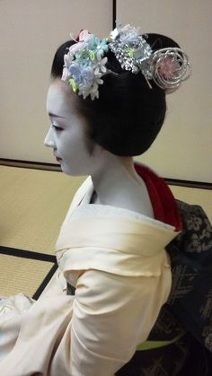 A maiko during the Setsubun holiday
