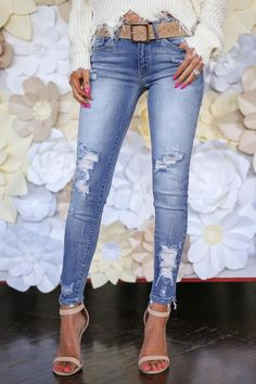Women Casual Jeans Outfit Slim Fit Joggers Jeans Pant Price Smart Casual White Waterproof Work Pants Neat Casual Attire Female Casual Outfits With Sneakers Slim Fit Joggers, Slim Pants, All Jeans, Casual Jeans, Holey Jeans, Denim Jeans, Ripped Denim, Distressed Skinny Jeans, Smart Casual White