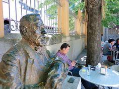 Ta en fika på kulturhuset på Centre Cívic Can Deu, Barcelona. Fika, Centre, Barcelona, Painting, Painting Art, Barcelona Spain, Paintings, Painted Canvas, Drawings