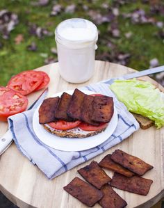 Easy Tofu Bacon and an Amazing Vegan BLT - Fo Reals Life (note to self-brush with magic vegan bacon grease before cooking) Veggie Recipes, Whole Food Recipes, Vegetarian Recipes, Cooking Recipes, Healthy Recipes, Bacon Recipes, Easy Tofu Recipes, Firm Tofu Recipes, Vegetarian Bacon