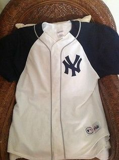 Majestic Vintage new york yankees MLB Baseball  jersey size L Men's