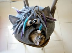 Brilliant ! Cat bed/ cat cave/ cat house/ Felted cat house Curly by VaivaIndre