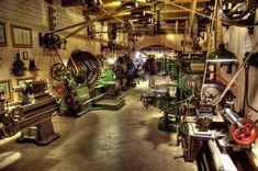 Related image Metal Working Machines, Metal Working Tools, Factory Work, Old Factory, Workshop Storage, Garage Workshop, Milling Machine, Machine Tools, Garage Shop
