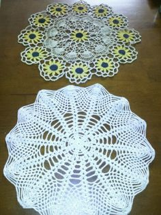 Pair of cute little vintage crochet doilies...for only 99 cents! The sunflower design would look adorable with fall decor!