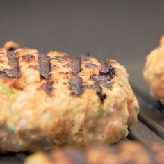 Healthy Chicken Burgers 3 Ways Healthy Grilling, Healthy Snacks, Healthy Recipes, Chicken Burger Patty Recipe, Ground Chicken Burgers, Recipe Images, Recipe Ideas, Dog Snacks, Yum Yum Chicken