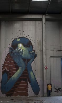 street-art artist ARYZ