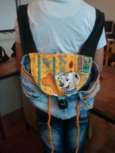 Een rugtas gemaakt van een oude broek door een leerling van groep 8 (OBS Woold) Diaper Bag, School, Bags, Craft Work, Handbags, Diaper Bags, Taschen, Schools, Purse