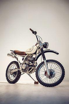 Honda XR250 'Everyday Friend' #Scrambler #RedCloudsCollective