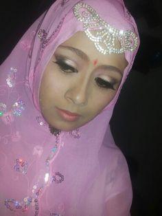 Terinspirasi dari film jodha..... Make up by oriflame
