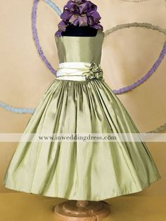 For the flower girl to feel like a little princess in this dress is a MUST  love the color