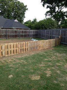 9 Calm Tips AND Tricks: Modern Fence Fayetteville Ar Backyard Fence With Lights.Modern Fence Springdale Ar Garden Fence Fence Home Depot Canada. Front Yard Fence, Diy Fence, Fence Landscaping, Backyard Fences, Fenced In Yard, Fence Ideas, Fence Art, Pool Fence, Farm Fence