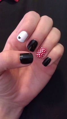 Minnie Mouse themed nail art- very cool, creative and unique