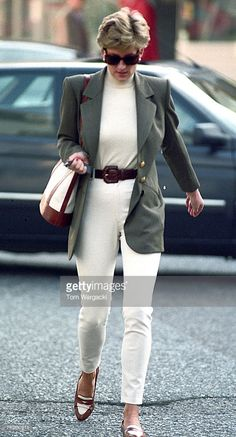 London, England October 15,1994. Princess Diana shopping in Knightsbridge.