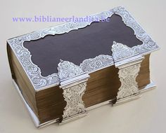 Biblia Neerlandica: BIBLIA (1853). Dubbele zilveren sloten, 4-zijdige randen. MST: Onduidelijk. JRL: 1876.