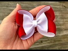 Daisy Designs uploaded this image to 'TwoToneBoutiqueBow'. See the album on Photobucket. Ribbon Hair Bows, Diy Hair Bows, Diy Bow, Boutique Bows, Baby Bows, Baby Headbands, Hair Bow Tutorial, Making Hair Bows, Diy Hair Accessories