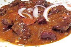 Zajímavé! Goulash, New Menu, Food Videos, Stew, Sausage, Food And Drink, Pork, Meat, Cooking