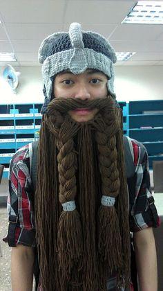 Crochet Fangirl: Lord of The Rings Inspired Dwarven Beard Helmet