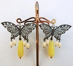 Victorian Cameo .....butterfly filigree earrings.....yellow jade drop